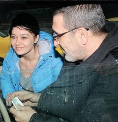 Нургуль Ешильчай и ее муж