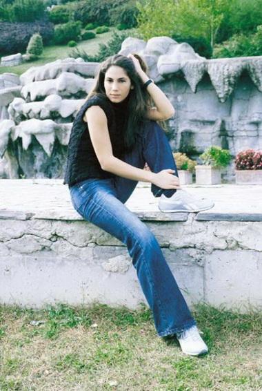 Зейнеп Бесерлер (Zeynep Beserler)
